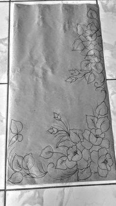 24 Trendy ideas for hand quilting designs stitches fabrics - DIY Blumen Saree Painting Designs, Fabric Paint Designs, Painting Patterns, Hand Embroidery Designs, Embroidery Stitches, Embroidery Patterns, Embroidery Transfers, Rosa Stencil, Hand Quilting Patterns