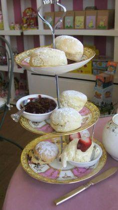 Yummy Cornish cream tea in a vintage tea shop in Port Issac!