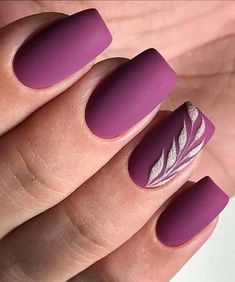 Unique and Beautiful Nail Art Designs to Look Elegant on Parties