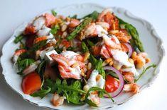 Wok, Vegetarian Recipes, Healthy Recipes, Healthy Food, Food Concept, Swedish Recipes, Smoked Salmon, Fish And Seafood, Caprese Salad