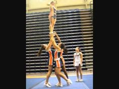 UTSA All-Girl: Group Stunt Bid Tape 2011 holy crap this is fabulous Check out the heel stretch switch for the dismount! Cool Cheer Stunts, Cheer Moves, Cheer Routines, Cheer Workouts, Cheerleading Videos, Cheerleading Crafts, Cheerleading Quotes, Cheer Coaches, Pep Rally
