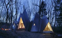 Japanese architecture practice NAP Architects created a tipi-shaped house in the woods near the small town of Nasu in the Tochigi area. In an attempt. Nasu, Japanese Architecture, Architecture Design, 3d Architectural Visualization, Timber Structure, A Frame House, Timber House, House In The Woods, Home Design