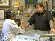 Pawn Stars: How a Pawn Works