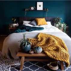 Beautiful and moody bedroom of - I love the mustard color here against the dark green wall . Bedroom Green, Room Ideas Bedroom, Home Decor Bedroom, Bedroom Wall, Mustard Bedroom, Dark Green Walls, Bedroom Color Schemes, My New Room, Interior Design Living Room