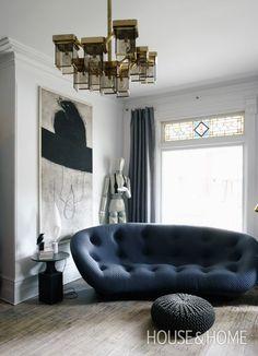 Avant-Garde Living Room | Designer: Stéphane Chamard | Photographer: Michael Graydon