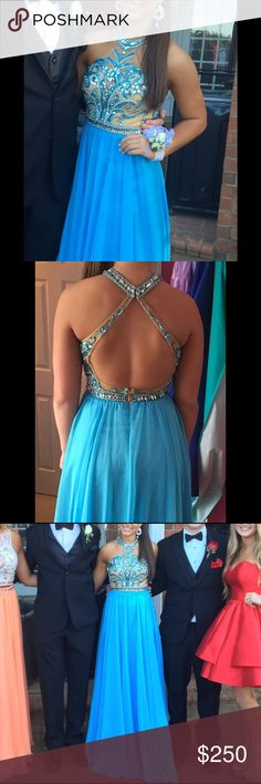"""Sherri Hill Dress Sherri hill dress for sale size 0. Only worn once and has never been altered. In perfect condition. Im 5'3"""" and wore 5 1/2 inch heels. Sherri Hill Dresses Prom"""