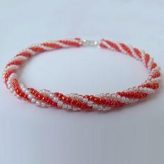 Oranžovo-bílý náramek. Více na www.online-sperky.eu Bracelets, Jewelry, Fashion, Moda, Jewlery, Jewerly, Fashion Styles, Schmuck, Jewels