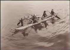 Digital Collections - Pictures - Beattie, J. W. (John Watt), 1859 .1930. Four men from Santa Cruz in a canoe for trade with Southern Cross passengers, Santa Cruz Islands, 1906 / J.W. Beattie