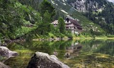 Mountain Chalet – Wednesday's Remote Daily Jigsaw Puzzle