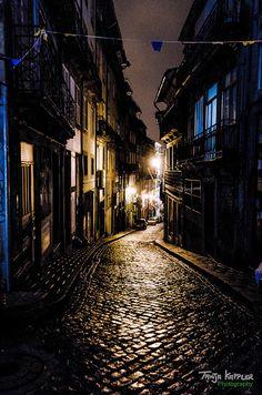 Oporto night shots. Visit me onFacebook: Tanja Kappler photos