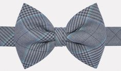 """Lord of Wealth"" bow tie : http://ikonizaboy.com/produits.php?p=58"
