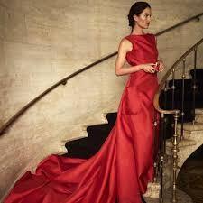 Vestido rojo largo carolina herrera 2019