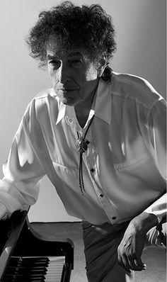ギタリスト達との交流から浮かび上がるボブ・ディランのもう一つの魅力に迫る、ムック『ボブ・ディランとギタリスト』が発売 - amass