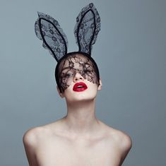 8,069 отметок «Нравится», 45 комментариев — Tyler Shields (@thetylershields) в Instagram: «Bunny ii currently on display in the window at @sothebys in London for the new auction, swipe right…» Lace Bunny Ears, Tyler Shields, Burlesque, Masquerade, Halloween Face Makeup, Auction, Window, Lingerie, Beautiful Things