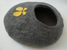 Grey house with butterfly - cat bed, cat house, cat cave felted, pet bed, grey house, wool cat house, bed felted