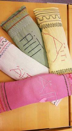 Äitien niskoja lämmittämään -  ekaluokkalaisten rakkaudella ompelemat kauratyynyt❤ - Hannele Saari