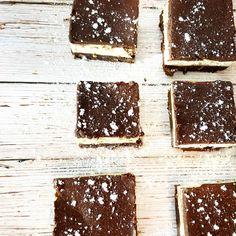 Cheesecake Brownies Chocolate Chip Cheesecake, Cheesecake Brownies, Salted Chocolate, Chocolate Bark, Brownies From Scratch, Box Brownies, Brownie Ingredients, Brownie Batter, Cake Pans
