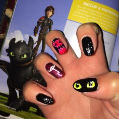 I love how to train your dragon and these nails are awesome Pretty Toes, Pretty Nails, Dragon Nails, Gel Nails, Nail Polish, Httyd, Hiccup, Dragon Party, Dragon Trainer