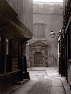 intimesgonebyblog:  London 1870s: Great St Helen's, Bishopsgate.