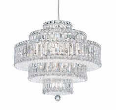 Plaza, with its dense and intricate crystal weave, is infinitely brilliant. Square, rectangular and octagonal crystals create a mesmerizing dance of light. Also MADE WITH SWAROVSKI ELEMENTS.