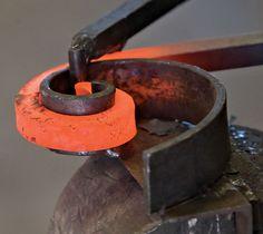 Resultado de imagen para maceteros de hierro