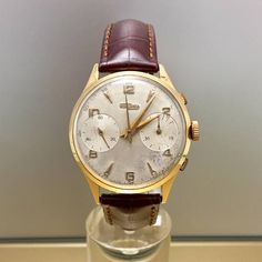 Rare Watch Nicolet Watch vintage chronograph in 18kt solid