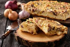 Learn how to make and prepare the recipe for Sfougato, also known as Greek style quiche from the island of Rhodes. Quiches, Quiche Recipes, Egg Recipes, Santorini, Quiche Sans Gluten, Mushroom Quiche, Main Course Dishes, Main Dishes, Bacon