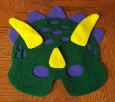 dinosaur mask pieces laid out Dinosaur Halloween Costume, Dinosaur Costume, Halloween Costumes For Kids, Dinosaur Mask, Felt Mask, Dinosaur Birthday Party, Birthday Ideas, Boy Costumes, Costume Ideas