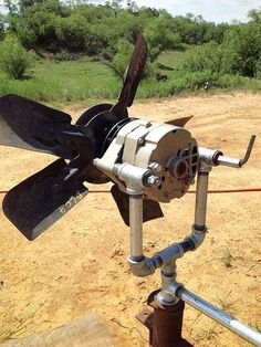 Turn a car alternator into alternative energy by building this cheap and easy homemade wind generator. Turn a car alternator into alternative energy by building this cheap and easy homemade wind generator. Diy Solar, Renewable Energy, Solar Energy, Homemade Wind Turbine, Alternative Energie, Wind Power Generator, Water Turbine Generator, Best Solar Panels, Energy Projects