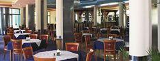 Poloha Moderně zařízený, dobře udržovaný hotelový objekt, zaměřený především na mladé lidi, kde můžete trávit dovolenou aktivně a vychutnat si vynikající kuchyni. Hotel Diamond byl kompletně modernizován v roce 2004, nabízí celkem 300 pokojů. Hotel Diamond je vzdálen přibližně 5 km od historického centra města Nessebar (přístup veřejnou dopravou nebo pěšky po pláži). Hotel Diamond se nachází v blízkosti mnoha obchodů, restaurací, hospod, diskoték. Je vzdálen asi 120 km od Varny a přibližně…