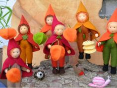 Lapionkinder blumenkinder-und-deko Sock Dolls, Elves And Fairies, Nature Table, Sewing Toys, Felt Art, Quilt Patterns, Quilts, Christmas Ornaments, Holiday Decor