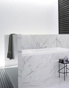 Tara. 4-gats badmengkraan voor badrandmontage Verkrijgbaar in chroom, platina, platina mat, mat wit, mat zwart