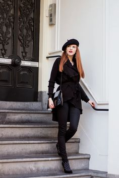 Outfit | Almost All Black - Retro Sonja Fashion Blog - www.retrosonja.com