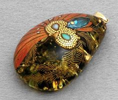 "Pendant ""Mask"" Maki-e Jewelry Amber Japanese | Maki-e Jewelry | Shopping Site ""Authentic Goods from Japan"""