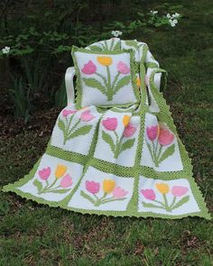 Maggie's Crochet · Tulip Afghan and Pillow Set Crochet Pattern