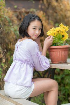 Asian Kids, Cute Asian Girls, Cute Girls, Cute School Uniforms, Young Girl Fashion, Beautiful Japanese Girl, Bling Wallpaper, Cute Cosplay, Asian Beauty
