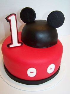 Mickey Mouse cake :)