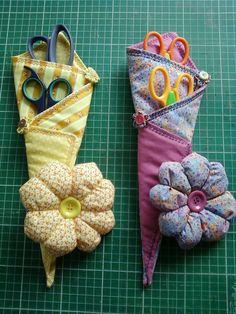 Blog de polaarteemtecido :Pola  -  Arte em Tecido, Porta tesouras e alfineteiro