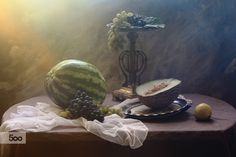 Фотография Still life with melon and grapes автор Galina Pazderina на 500px