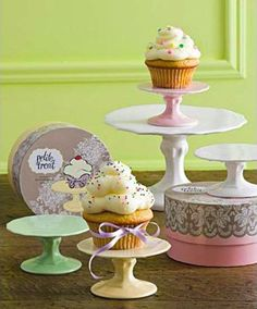 Rosanna's dinnerware and the many, many cute little things they make like icecream coupes and footed bowls is something I would not want my Kitchen to go without.