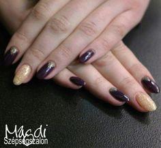 Melyik szín legyen? Legyen mindkettő! :)  www.magdiszepsegszalon.hu/kezeslabapolas  #nails