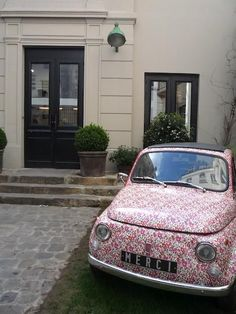 Just cool!  I so would drive this...wonder if they have a Vespa too?  #LibertyPrint Fiat500