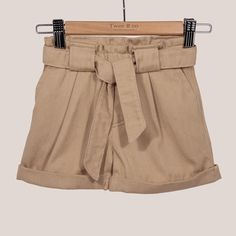 Aubrey shorts Beige Shorts, Easy Wear, Seaside, Organic Cotton, Casual Shorts, Pure Products, How To Wear, Shirts, Collection
