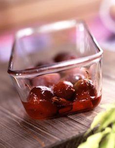Prunes rôties à la menthe