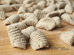 Buckwheat Gnocchi – PTT Recipes – About Healthy Desserts Vegan Gluten Free Desserts, Gluten Free Recipes, Vegan Recipes, Cooking Recipes, Diabetic Meal Plan, Diabetic Recipes, Crostoli Recipe, Salty Foods, Pasta Maker