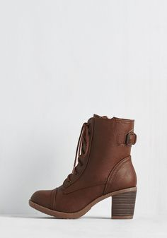 Where There's a Willamette Boot in Cocoa. Just as Portland straddles the river, your new brown boots connect haute hipness and down-to-earth comfort! #brown #modcloth