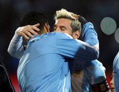 """""""Messi teve um pouco de sorte no gol"""", diz Suárez após vitória argentina #globoesporte"""