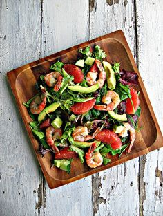 Grapfruit & Avocado Salad with Shrimp - This would be good with grilled scallops too!