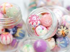 Red Brolly - Latest Craft Tips & Product Recommendations Felt Crafts Diy, Felt Diy, Handmade Crafts, Sewing Crafts, Red Brolly, Japan Crafts, Felt Patterns, Felt Ball, Felt Fabric