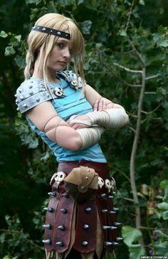 Cool cosplay of Ingrid